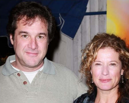 Robin Vernon, a former car dealer's wife, Ted Vernon may be single after her divorce.